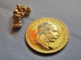 Quasi quasi la vendo questa collana? Che oro sarà mai?